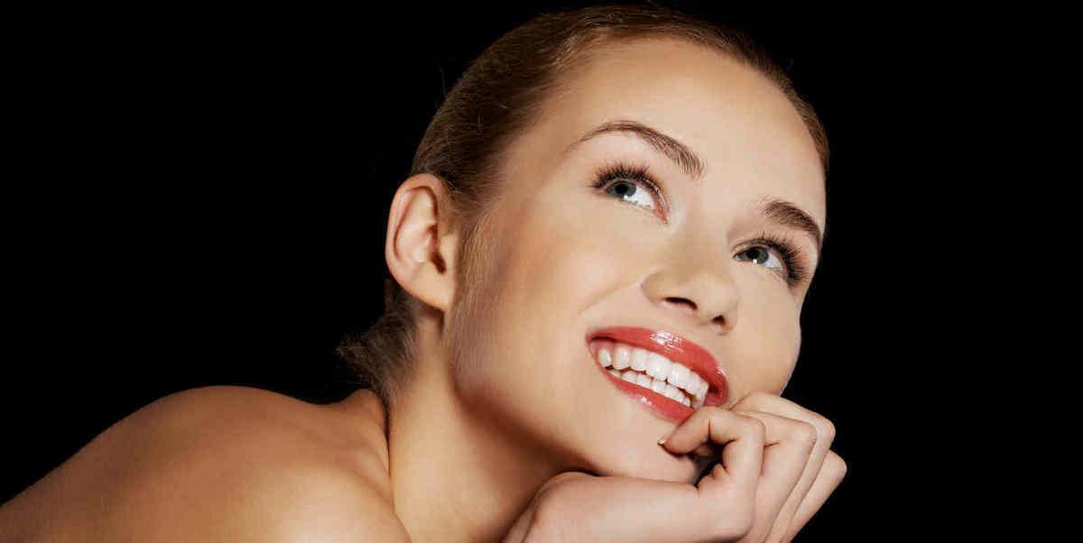 Mittelgesichtslift durch Volumenbehandlung und endoskopisches Face- Mittelgesichtslioft