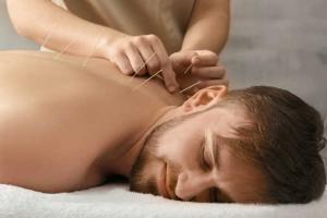 Akupunktur Schmerztherapie, Reflextherapie, Chiropraktik Köln